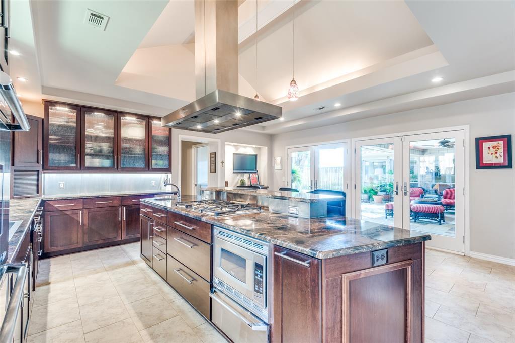 Sold Property | 9010 Fairglen  Drive Dallas, TX 75231 14