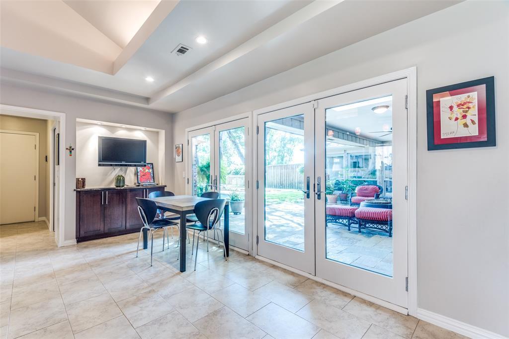 Sold Property | 9010 Fairglen  Drive Dallas, TX 75231 17