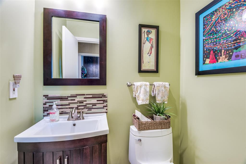Sold Property | 9010 Fairglen  Drive Dallas, TX 75231 29