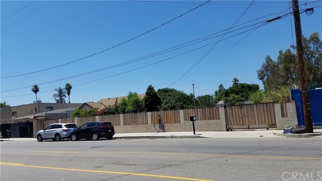 Pending | 12581 Branford Street Arleta, CA 91331 0