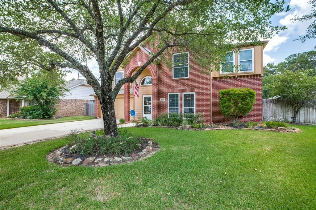 Pending | 13510 Country  Circle Tomball, TX 77375 2