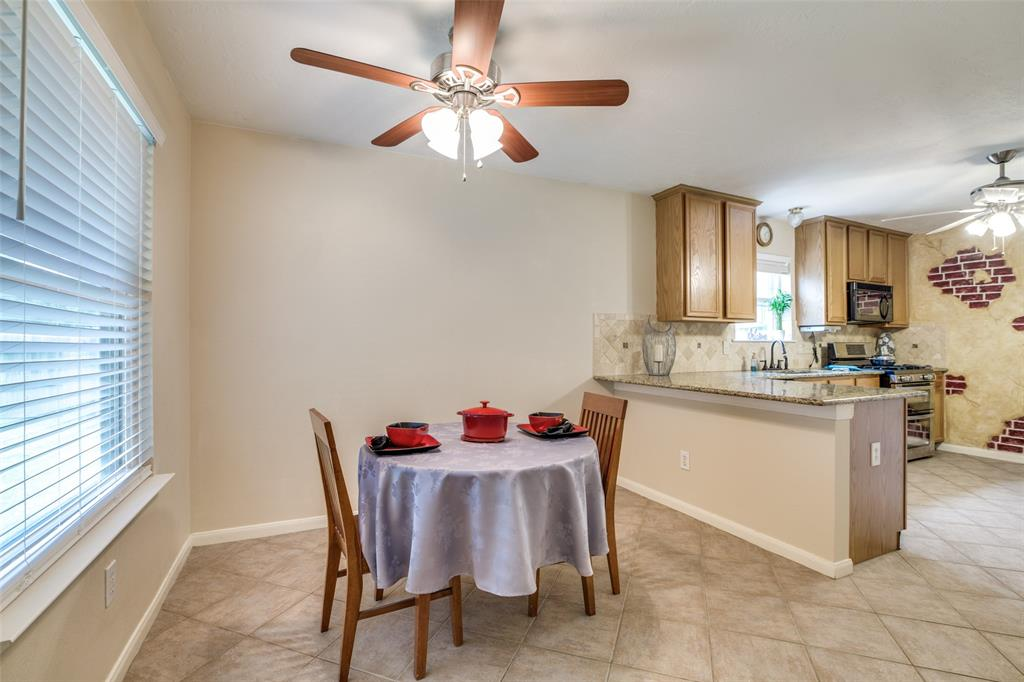 Pending | 13510 Country  Circle Tomball, TX 77375 13