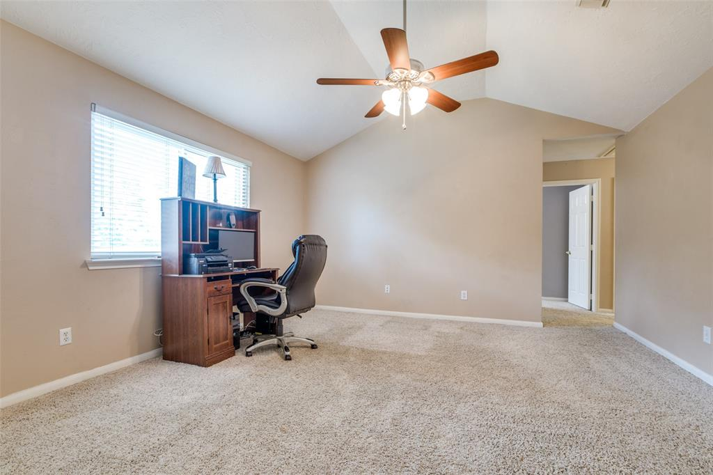 Pending | 13510 Country  Circle Tomball, TX 77375 25