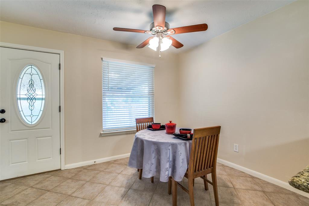 Pending | 13510 Country  Circle Tomball, TX 77375 30