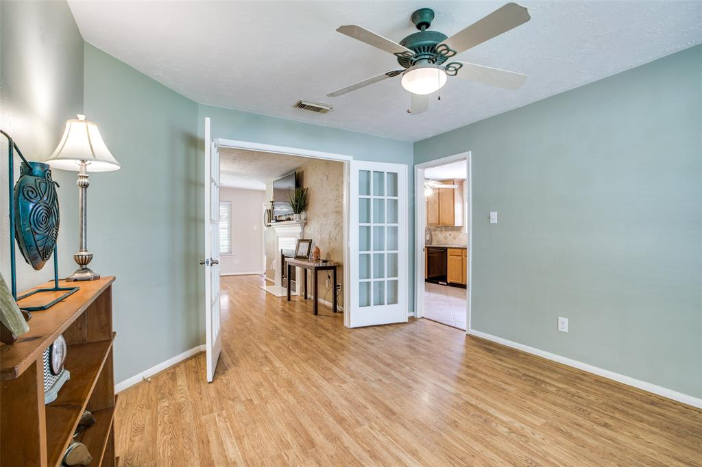 Pending | 13510 Country  Circle Tomball, TX 77375 5