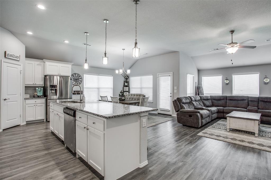 Sold Property | 4010 Kensington Drive Sanger, Texas 76266 6