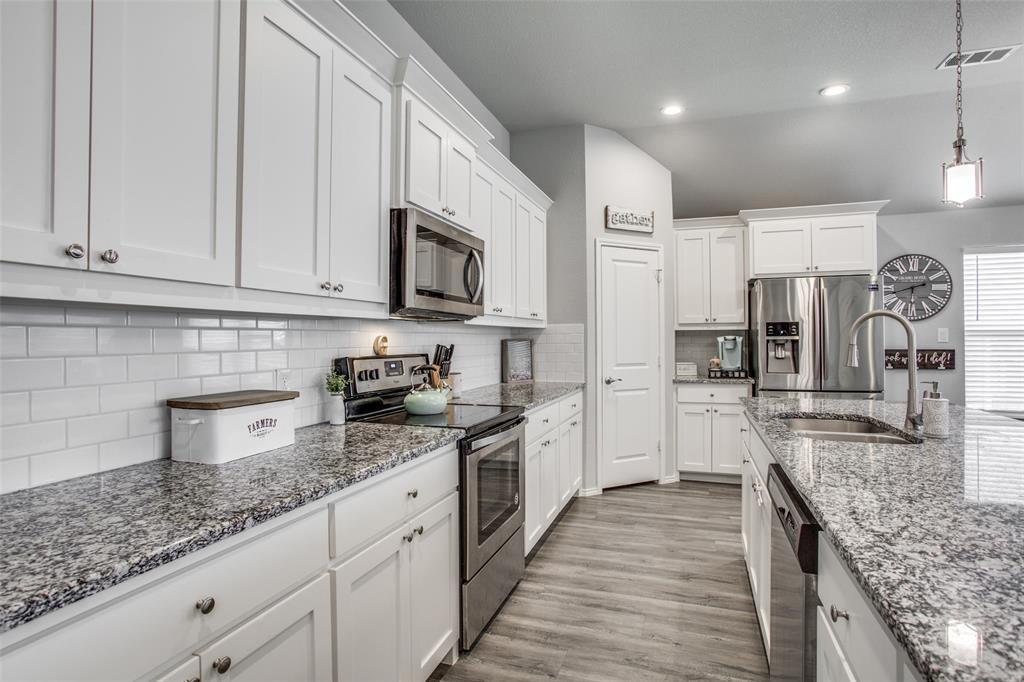 Sold Property | 4010 Kensington Drive Sanger, Texas 76266 8