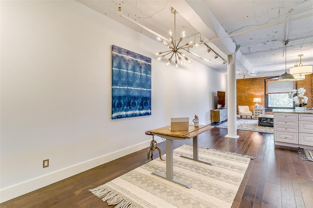 Sold Property | 910 Houston  Street #203 Fort Worth, TX 76102 12