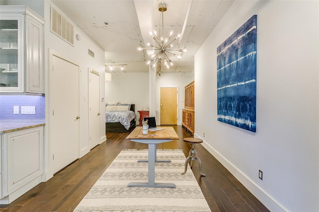 Sold Property | 910 Houston  Street #203 Fort Worth, TX 76102 15