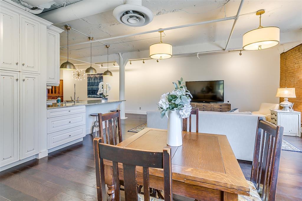 Sold Property | 910 Houston  Street #203 Fort Worth, TX 76102 25