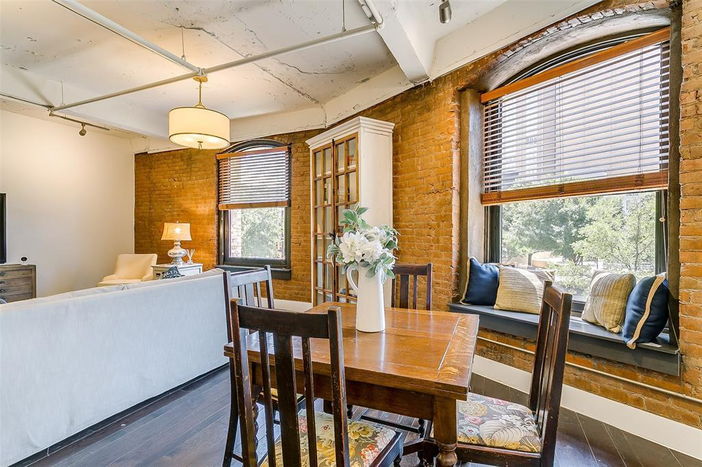 Sold Property | 910 Houston  Street #203 Fort Worth, TX 76102 26