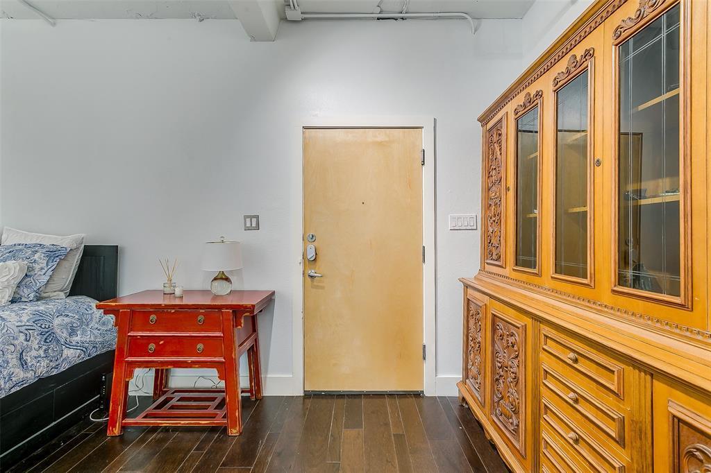 Sold Property | 910 Houston  Street #203 Fort Worth, TX 76102 33