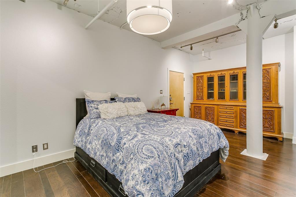 Sold Property | 910 Houston  Street #203 Fort Worth, TX 76102 7