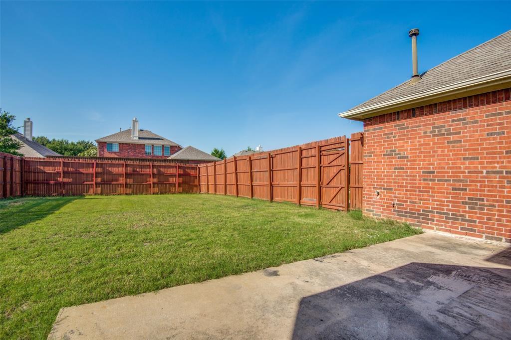 Active Option Contract   1049 Talley  Lane Frisco, TX 75033 23