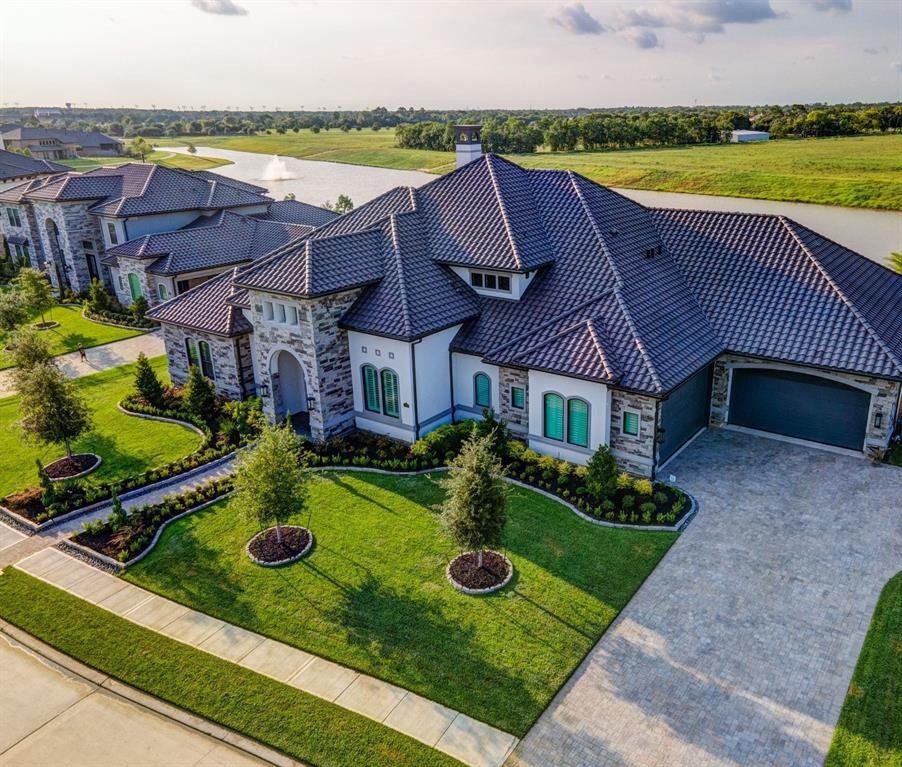 Active | 2573 Scenic Hills  Drive Friendswood, TX 77546 0