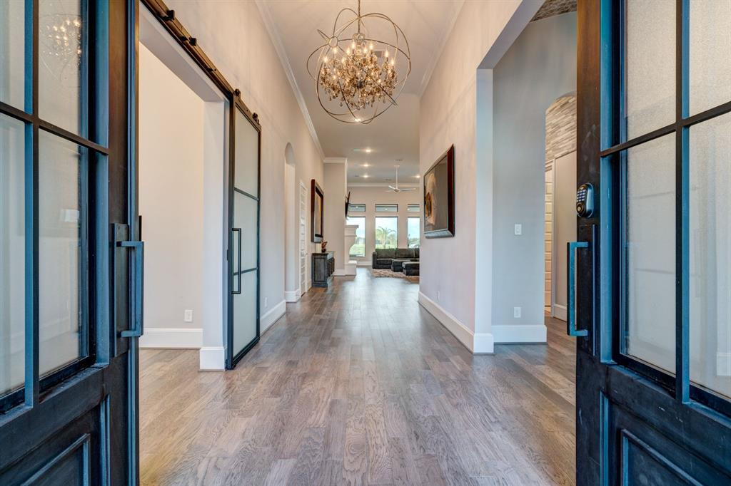 Active | 2573 Scenic Hills  Drive Friendswood, TX 77546 1