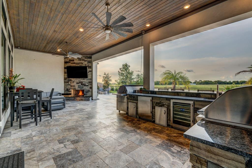 Active | 2573 Scenic Hills  Drive Friendswood, TX 77546 25