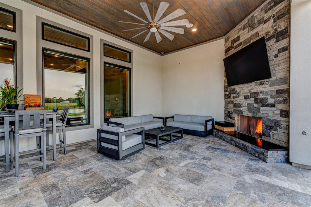 Active | 2573 Scenic Hills  Drive Friendswood, TX 77546 27