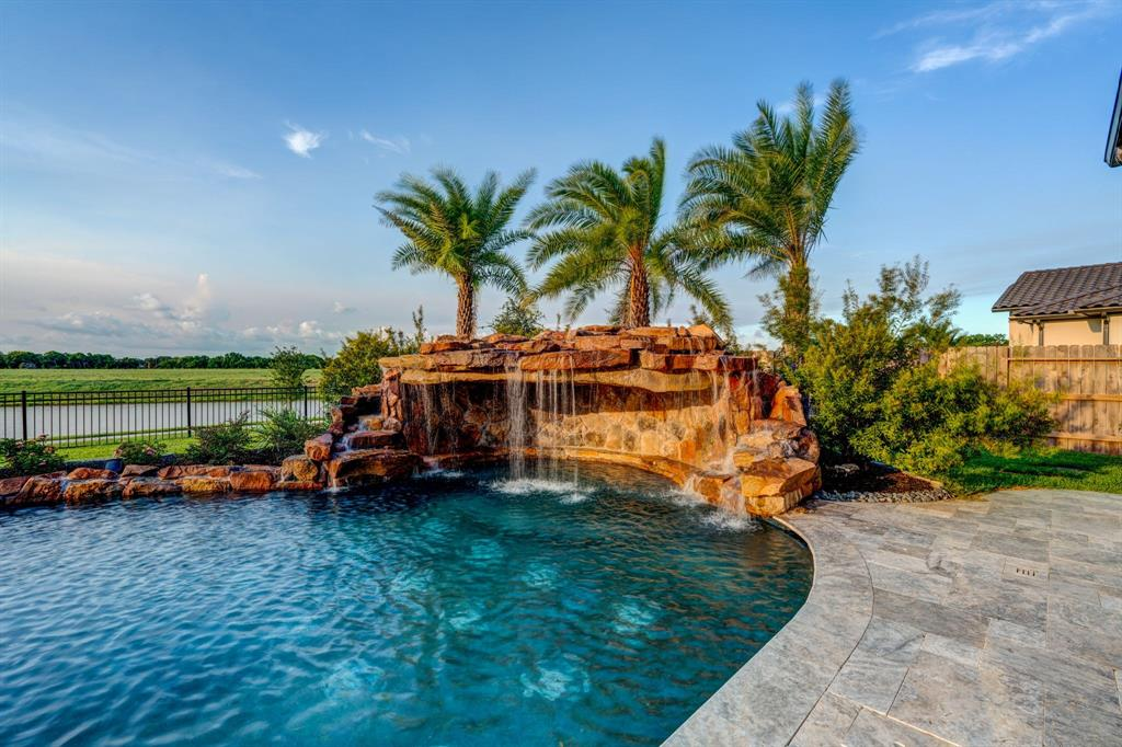 Active | 2573 Scenic Hills  Drive Friendswood, TX 77546 28
