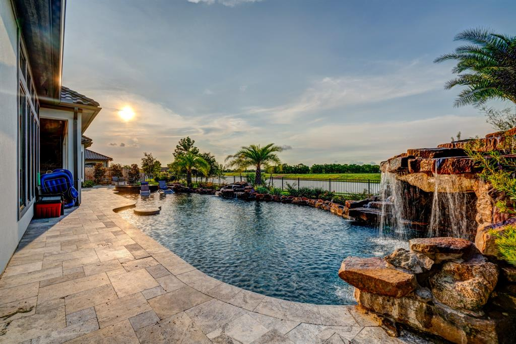 Active | 2573 Scenic Hills  Drive Friendswood, TX 77546 29