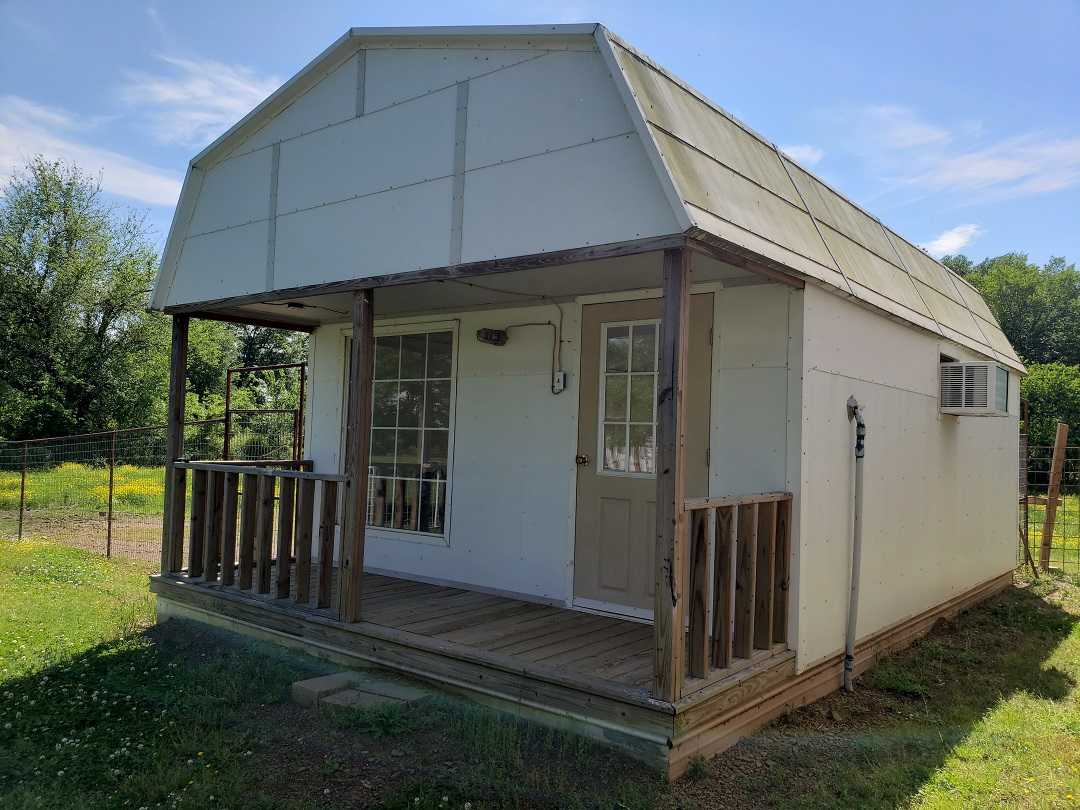 Active | HOME, SHOP AND 7.5 ACRES UP TO 490.5 ACRES Stigler, OK 74462 99