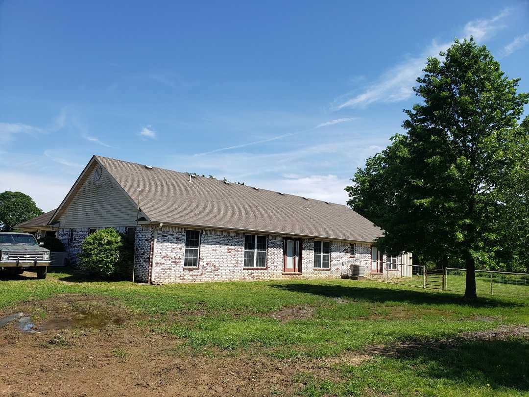 Active | HOME, SHOP AND 7.5 ACRES UP TO 490.5 ACRES Stigler, OK 74462 6