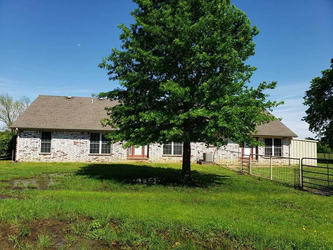 Active | HOME, SHOP AND 7.5 ACRES UP TO 490.5 ACRES Stigler, OK 74462 16