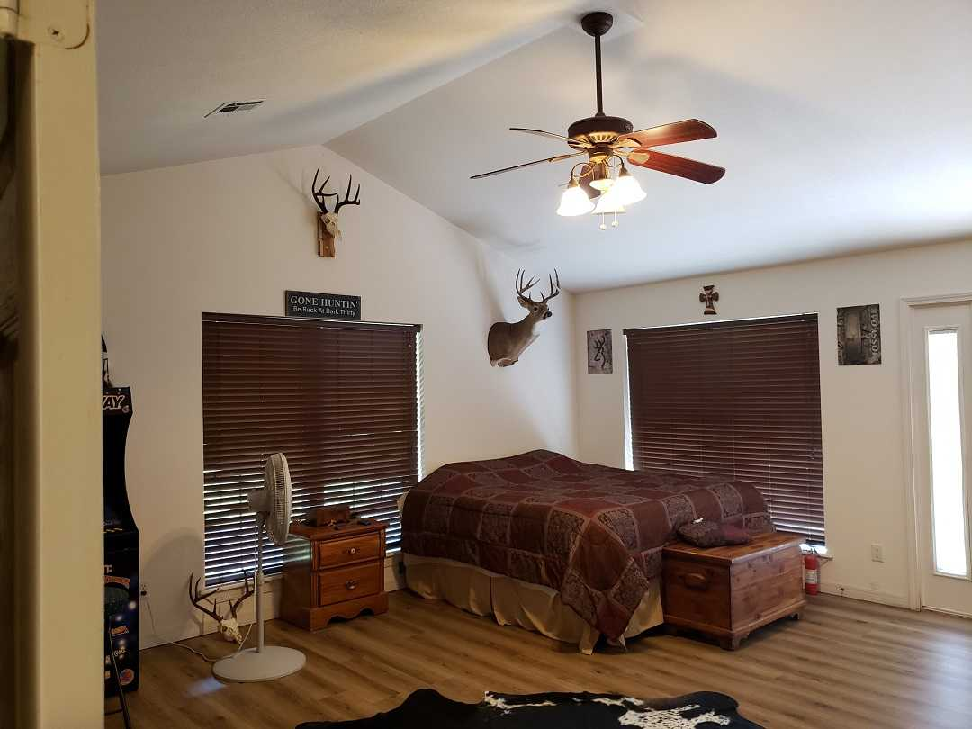 Active | HOME, SHOP AND 7.5 ACRES UP TO 490.5 ACRES Stigler, OK 74462 64
