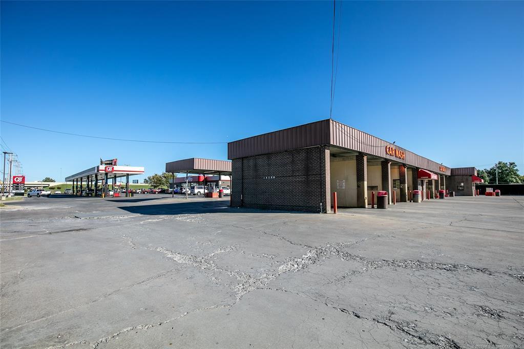 Active | 10150 E 11th Street Tulsa, OK 74128 5