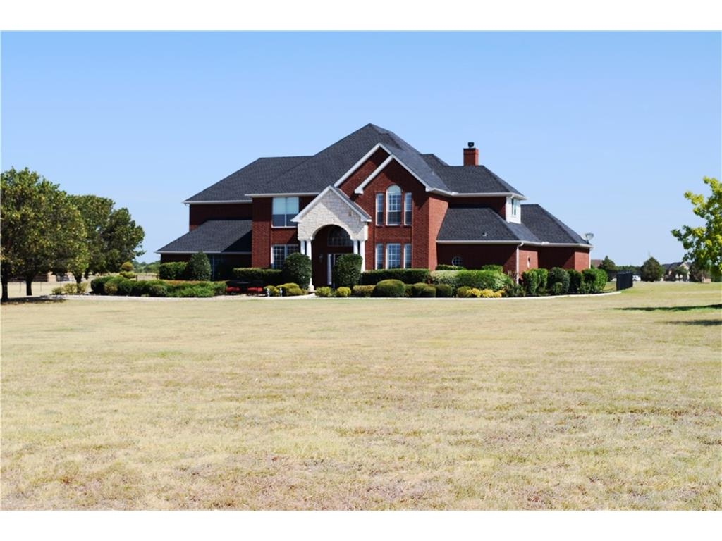 Sold Property | 5008 Wind Hill Court Fort Worth, Texas 76179 1