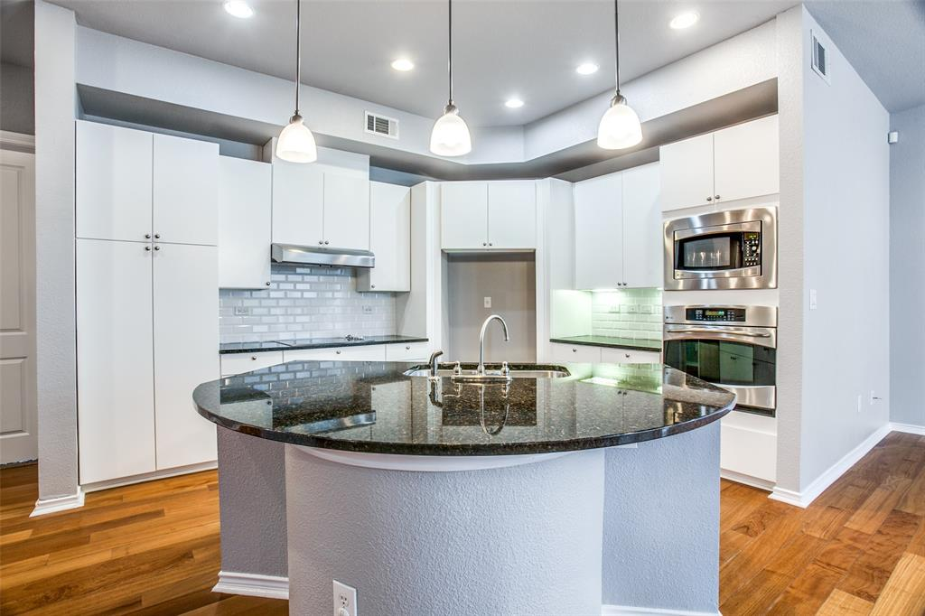 Sold Property   1203 Beaconsfield  Lane #205 Arlington, TX 76011 0
