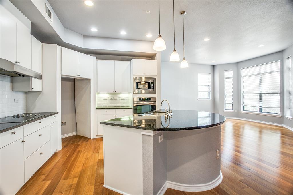 Sold Property   1203 Beaconsfield  Lane #205 Arlington, TX 76011 12