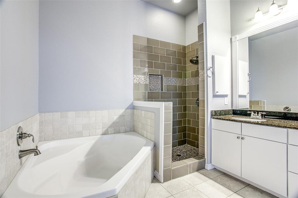 Sold Property   1203 Beaconsfield  Lane #205 Arlington, TX 76011 14