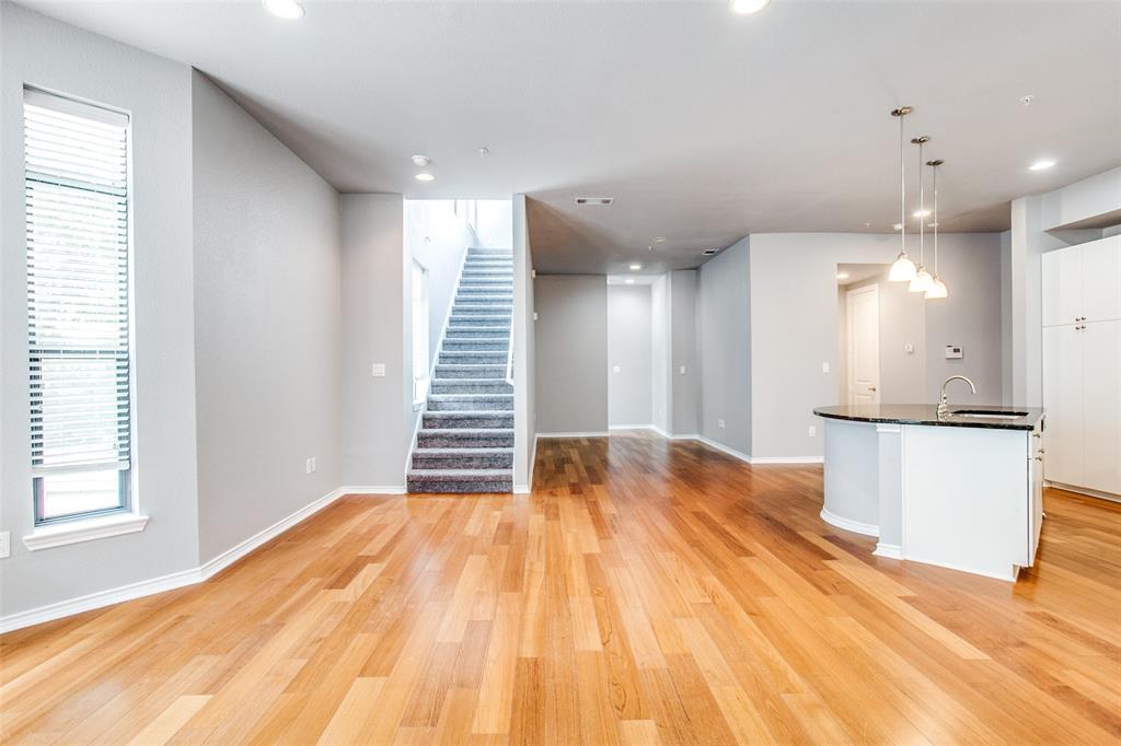 Sold Property   1203 Beaconsfield  Lane #205 Arlington, TX 76011 7