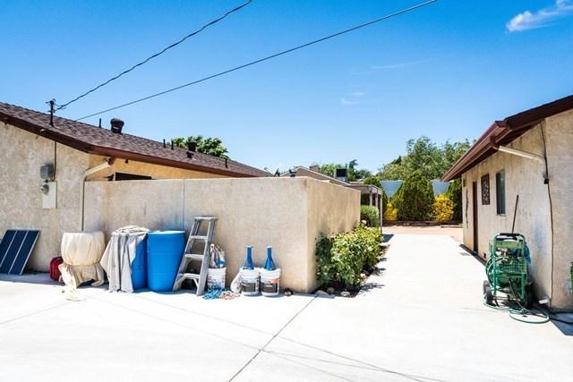 Pending | 16536 Bodart  Street Hesperia, CA 92345 12