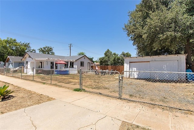 Closed | 386 W 7th  Street Beaumont, CA 92223 15