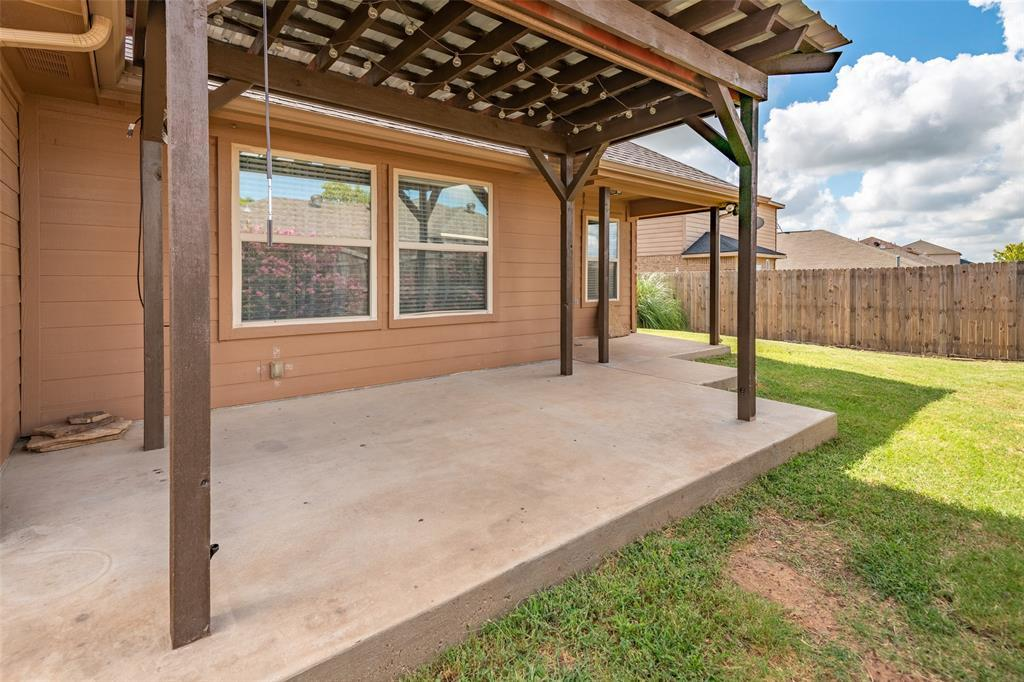 Sold Property | 118 Buffalo Ridge  Drive Newark, TX 76071 28