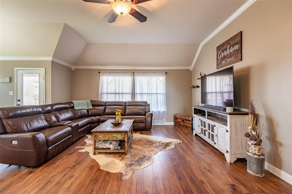 Pending | 118 Buffalo Ridge  Drive Newark, TX 76071 7
