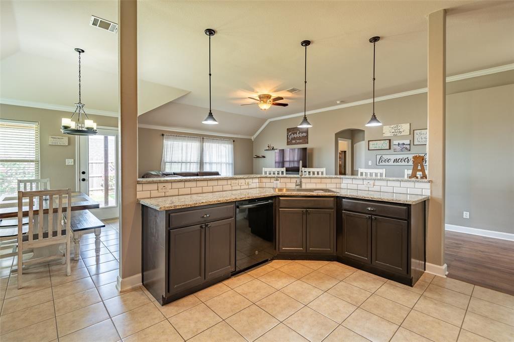 Sold Property | 118 Buffalo Ridge  Drive Newark, TX 76071 9