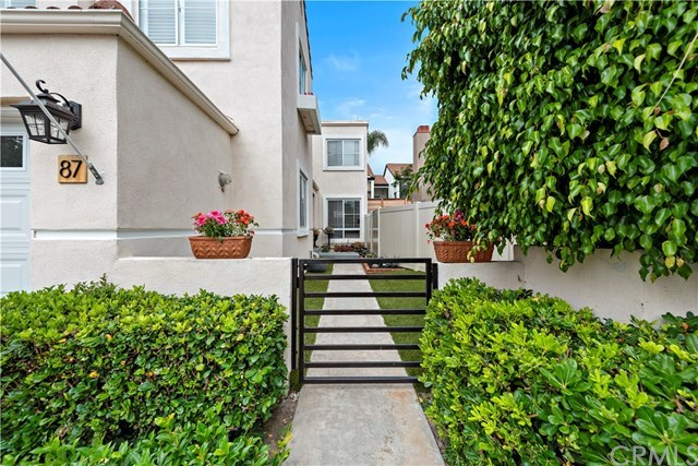 Closed | 87 Calle Sol   #15 San Clemente, CA 92672 3