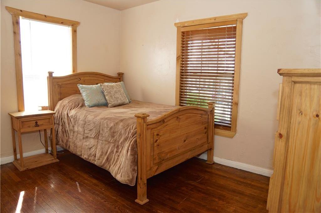 Sold Property | 4809 Fairfax Street Fort Worth, Texas 76116 13