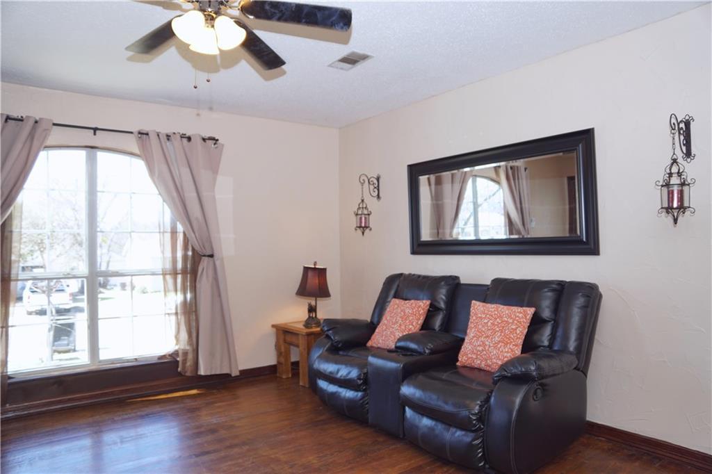 Sold Property | 4809 Fairfax Street Fort Worth, Texas 76116 2