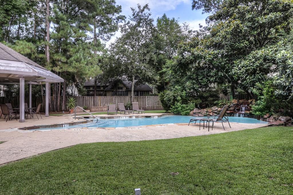Off Market | 35 N Lakeridge Circle The Woodlands, Texas 77381 22