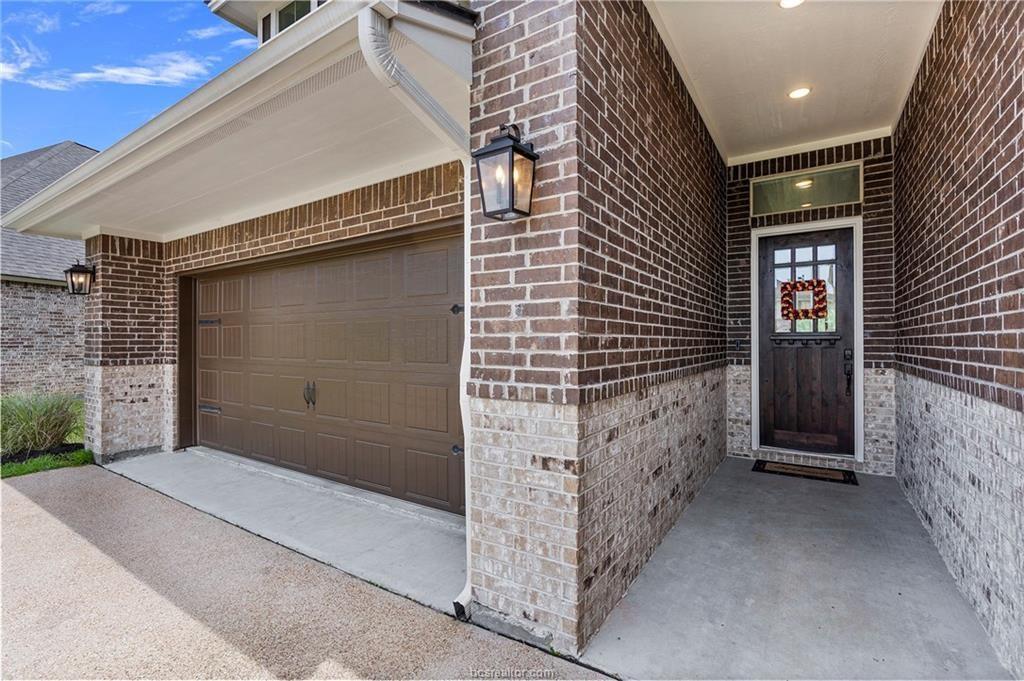 Pending | 4423 Toddington Lane College Station, Texas 77845 1