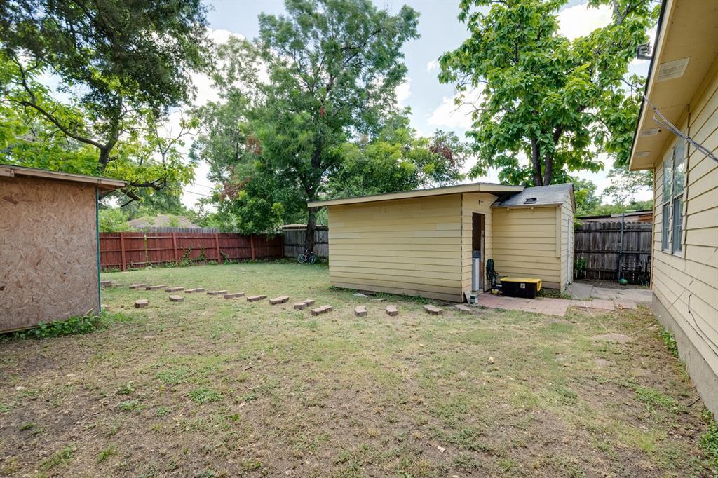 Active | 3530 La Joya  Drive Dallas, TX 75220 19