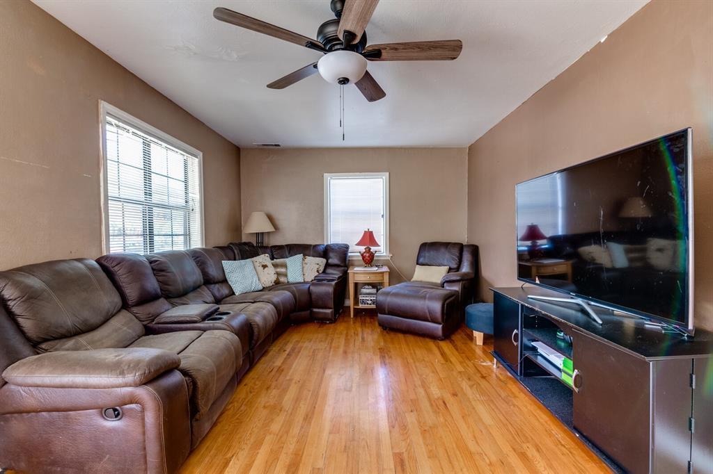 Active | 3530 La Joya  Drive Dallas, TX 75220 3