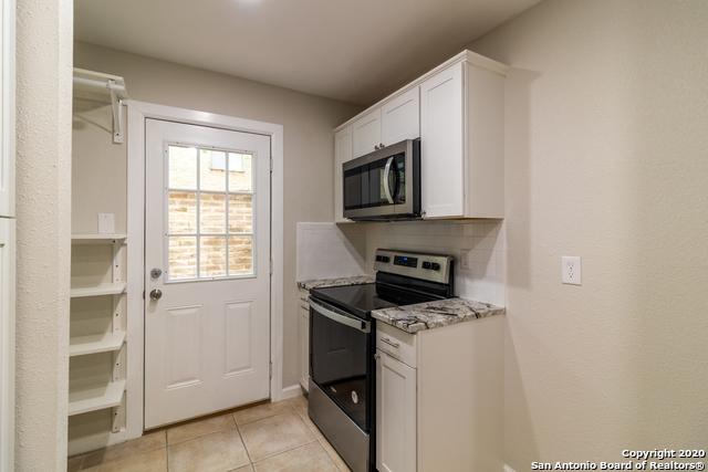 Active Option | 185 TERRELL RD   #301- C Alamo Heights, TX 78209 12