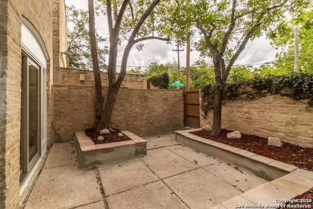 Active Option | 185 TERRELL RD   #301- C Alamo Heights, TX 78209 24