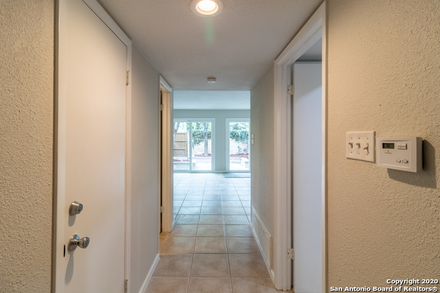 Active Option | 185 TERRELL RD   #301- C Alamo Heights, TX 78209 7