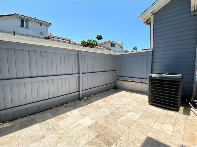 Closed | 313 N Broadway   #1 Redondo Beach, CA 90277 7